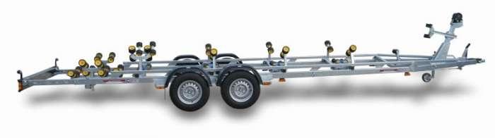 Rimorchi trasporto imbarcazioni  N3000L-R / N3500L-R Traversa posteriore basculante multirullo di serie